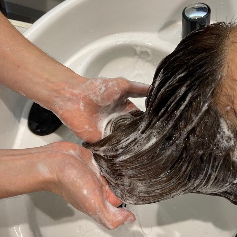 小倉南区の髪質改善リーブルのシャンプー