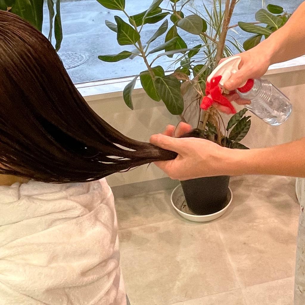 小倉南区の髪質改善リーブルの.薬液除去(不要なものを中和)